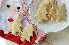 Easy Christmas Tree Shortbread Simple Christmas, Christmas Tree, Shortbread, Gingerbread Cookies, Sweet Treats, Sugar, Easy, Desserts, Food