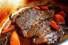 Kitchen Boss Perfect Italian Pot Roast - From very early season one, pancetta… Perfect Pot Roast, Best Pot Roast, Buddy Valastro, Pot Roast Recipes, Beef Recipes, Cooking Recipes, Beef Dishes, Food Dishes, Carne Asada
