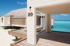 Destination 2014: Le Cheval Blanc Randheli aux Maldives http://www.vogue.fr/voyages/hot-spots/diaporama/l-annee-2014-en-12-destinations/17022/image/898980