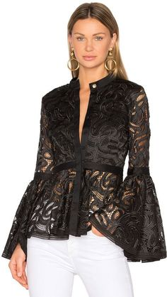 Trending fashion outfits - 41 Ruffle Blouses For School Party Fashion, Look Fashion, Womens Fashion, Fashion Trends, Trending Fashion, Feminine Fashion, Mode Outfits, Casual Outfits, Dress Casual
