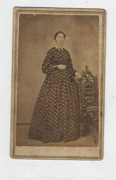 CDV WOMAN BEAUTIFUL GOWN CIVIL WAR ERA