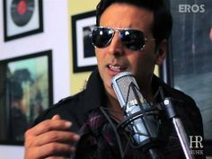 http://minibollywood.blogspot.com/2012/11/lonely-remix-video-song-khiladi-786.html    himesh - honey siingh