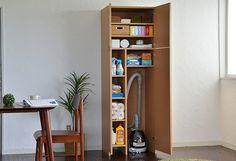 【楽天市場】掃除機収納庫 掃除機の出し入れが簡単な掃除道具収納庫 【日本製】:ふりすたファクトリー