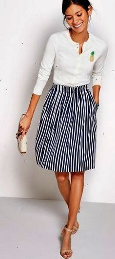 loving the preppy ease.. casual yet so classicly beautiful. || #jcrew #stripes #outfit @leopard_loafers