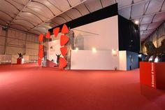 Anche quest'anno Tosetto curerà gli allestimenti per Mostra Internazionale d'Arte Cinematografica di Venezia che inizierà il prossimo 2 settembre nella classica location del Lido di Venezia con un ricco programma molti ospiti, proiezioni ed eventi.