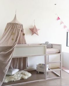 Her you find many different ways to organise the space under the Ikea Kura bed Low Loft Beds, Kids Bunk Beds, Bed For Girls Room, Little Girl Rooms, Ikea Girls Bedroom, Toddler Rooms, Furniture Buyers, Furniture Market, Furniture Stores