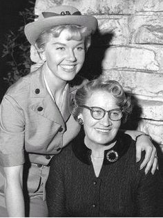 Doris Day with her mother Alma in 1957