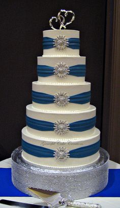 wedding cake jobs deanna and belinda did a great on the grooms cake 22995