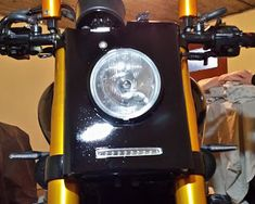 Y.C. Design: YAMAHA XJR 1300 : PERSONNALISATION Ducati, Yamaha Xjr 1300, Roadster, Drip Coffee Maker, Design, Motorbikes, Coffee Making Machine