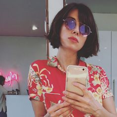 "5,423 Likes, 105 Comments - Alison Brie (@officialalibrie) on Instagram: ""Chop chop! @streicherhair *having a new haircut & sunglasses moment* #theprofessional"""