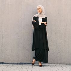 INAYAH | Smart, sophisticated and modest. Lead the minimal charge with simple pieces in classic and complimentary hues - Black Crepe #Midi #Kimono + White #Crepe #Top + Black #Maxi #Skirt + Feather Grey #Georgette #Hijab - www.inayah.co