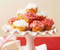 Mini snowball cupcakes