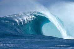 Wave at Shipstern Bluff Tasmania photo by Sean Davey