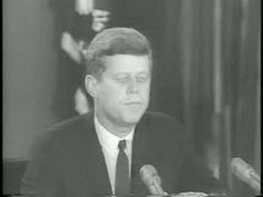 """Cuban Missile Crisis Thirteen Days in October 1962 """"The two most dangerous weeks in US history"""" -- I remember how the teachers at school taught us how to lay our heads down or get under our desks -- not sure how that would have helped, but I remember. Modern History, Us History, American History, History Photos, Vinales, The Eighth Day, American Presidents, Top Movies, Jfk"""