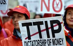 TTIP Opponents File Petition Signed by Over 3Mln Europeans to EU Parliament