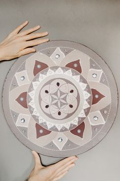 Mandala paint as a wedding gift. Victoria, Mandala Art, Wedding Gifts, Painting, Wedding Day Gifts, Wedding Favors, Painting Art, Paintings, Painted Canvas