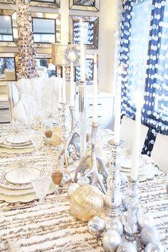 HOLIDAY TABLE, HOLIDAY DABLE DECOR, CHRISTMAS TABLE, NYE TABLE, NYE TABLESCAPE, TABLESCAPE, WEST ELM, CHICVILLE USA, TINSEL EVENTS
