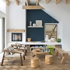 Un salon bleu esprit nature