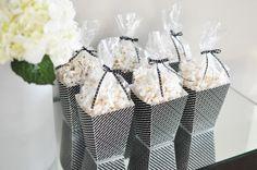 Popcorn boxes ~ free printable