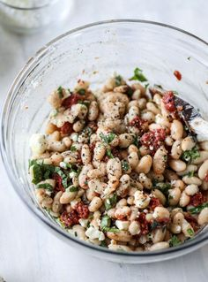 Marinated White Beans with Olive Oil Toast. - How Sweet Eats - Kimberly Mitchell Salad Recipes Clean Eating, Healthy Eating, Healthy Lunches For Work, Work Lunches, Food Porn, Cooking Recipes, Healthy Recipes, Simple Recipes, Summer Vegetarian Recipes