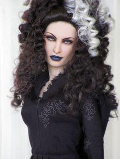 About Bellatrix: OOAK Repaint by OSS