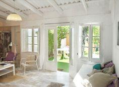 Visitamos un hogar en las islas Canarias, España. De estilo nórdico y con una decoración muy personal.