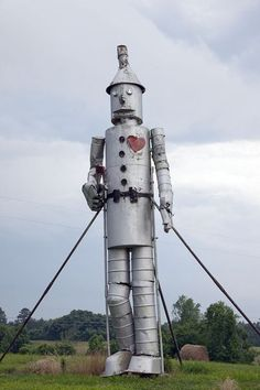 32-foot tall tin man with bathtubs for feet,  Bird Farm, Forkland, AL