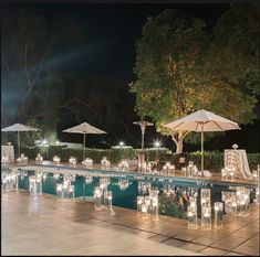 Welcome cocktail hour by the pool Pool Wedding Decorations, Outdoor Wedding Backdrops, Small Wedding Receptions, Outdoor Wedding Reception, Wedding Ideas, Diy Wedding, Backyard Wedding Pool, Elegant Backyard Wedding, Cocktail Party Decor