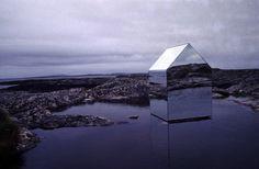 Ekkehard Altenburger, Mirror House, 1996,  Isle of Tyree Scozia.
