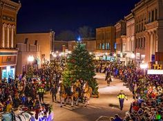 Enjoy a old-fashioned Christmas in Manistee, Michigan, which holds its annual Victorian Sleighbell Parade.