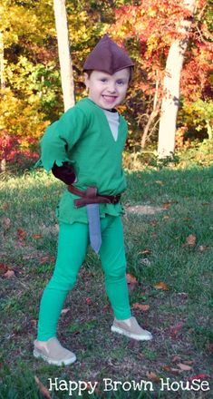 World Book Day Costume Ideas - In The Playroom Book Character Costumes, World Book Day Costumes, Book Week Costume, Book Characters, Diy Peter Pan Costume, School Costume, Fancy Dress For Kids, School Themes, Playroom