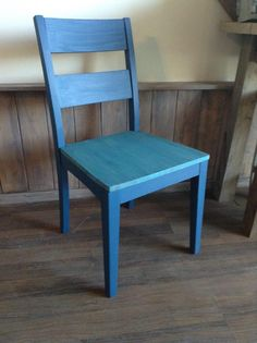 Chalk painted dining chair makeover painted and stained with Superior Paint Co. Sapphire Skies royal blue Chalk Furniture and Cabinet paint. Dining Chair Makeover, Painted Dining Chairs, Chalk Paint Colors, Diy Shops, Painting Cabinets, Color Of The Year, Custom Furniture, Royal Blue, Sapphire