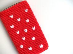 Funda de móvil a medida con Corazones crochet / SILAYAYA - Artesanio