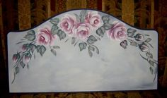 Nora from Nora's Touch (Malaysia) painted these roses in 20 minutes! There's lettering to be added to this plaque.         Nora from Nora's World (Malaysia) painted these roses in 28 minutes and now there's only the lettering to add.