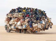 Afrika - HomeLess, HomeLessNess, Sans Abris, Poverty, Pobreza, Pauvreté, Hopeless, JobLess, бідність, Social Issues, Awareness, Famine, Hambruna, Refugees