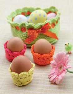 Crochet Christmas Cozy, Crochet Egg Cozy, Cute Crochet, Crochet Baby, Christmas Crafts, Easter Egg Crafts, Easter Eggs, Crochet Chicken, Easter Crochet Patterns