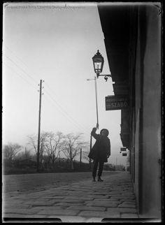 Lámpagyújtogató 1931 BUDAPEST-KÉPARCHÍVUM