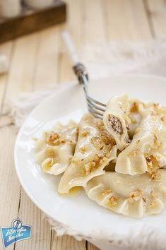 Pierogi z mięsem Pierogi, Potato Salad, Macaroni And Cheese, Potatoes, Ethnic Recipes, Food, Mac And Cheese, Potato, Essen