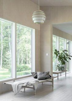 The Summer Cottage of a Finnish Interior Stylist and Designer - Nordic Design Scandinavian Interior, Home Interior, Living Room Interior, Interior Architecture, Interior Design, Interior Walls, Key West Decor, Interior Stylist, Nordic Design