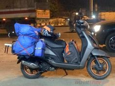 18 year old rides New Delhi to Mumbai and back, on a gearless scooter