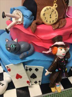 #stroudsburg #kitchenchemistry #bakery #cake #charactercake #alice