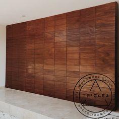 Entregando puerta principal integrada a pórtico. Todo en madera de #tzalam. Diseño: Arq. L.Q. #tricasa #woodwork #group #excelenciaencarpinteria