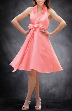 A-line Halter Knee-length Sashes/ Ribbons Bridesmaid Dresses
