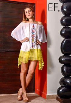 #Vestido de la colección Boutique de @ericaflores_mx con bordados al centro #hechoenmexico #mexicoestademoda