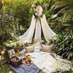 65 New Ideas For Backyard Wedding Ideas Romantic Tent Outdoor Spaces, Outdoor Living, Outdoor Decor, Outdoor Ideas, Romantic Picnics, Romantic Night, Romantic Proposal, Perfect Proposal, Romantic Weddings
