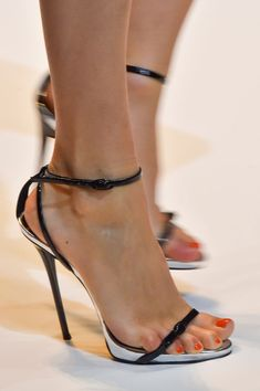 Strappy heels. Thierry Mugler at Paris Spring 2015 (Details)