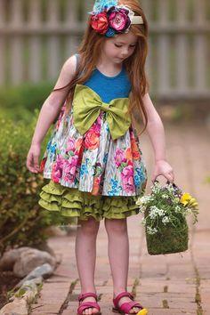 ALALOSHA: VOGUE ENFANTS: Daffodils & Dandelions in the Secret Garden of Persnickety