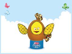 Chick egg.  Download this papertoy here: http://it.piccolini.com/decorazioni-pasqua/il-pulcino/