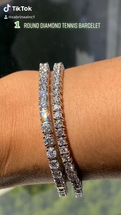 Details about  /1.5Ct Round Cut VVS1//D Diamond Huggie Hoop Women/'s Earrings 18K White Gold Over