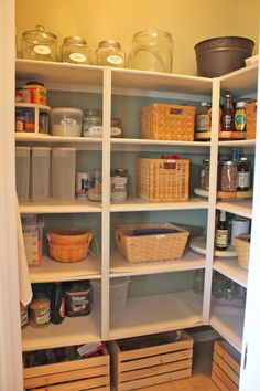 So this is how you add shelfs to a pantry.!? And here I\'m breaking ...